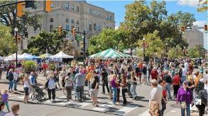 The Valparaiso Popcorn Festival will draw crowds of nearly 60,000 people on Sept. 12. (Valparaiso Popcorn Festival / handout)