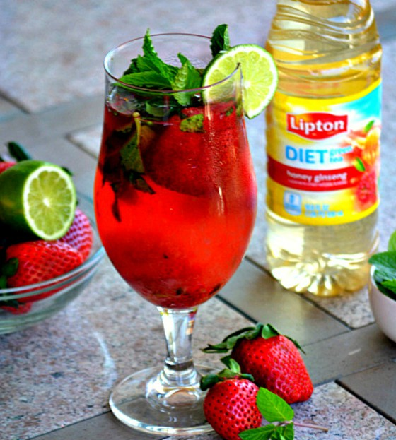 SKINNY-STRAWBERRY-GREEN-TEA-MOJITO.jpg